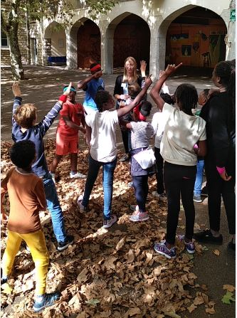 Enfants enthousiastes_Sylvie Level-Dibetta