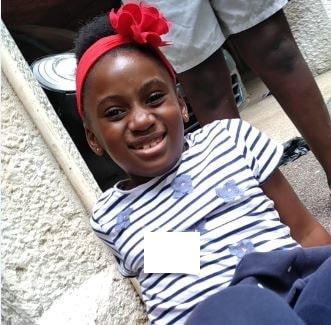 Fille souriante_Sylvie Level-Dibetta